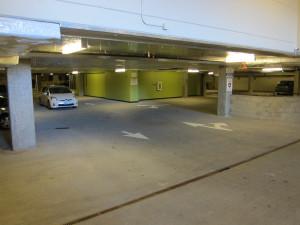 Trader Joes parking entrance