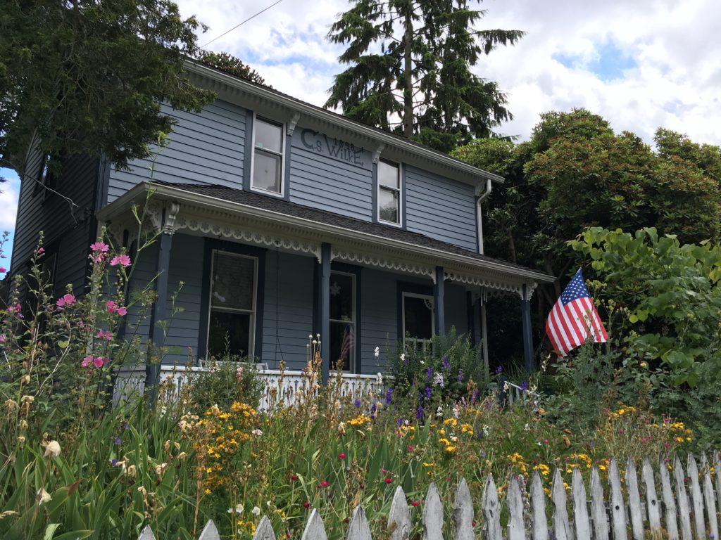 Wilke House flag